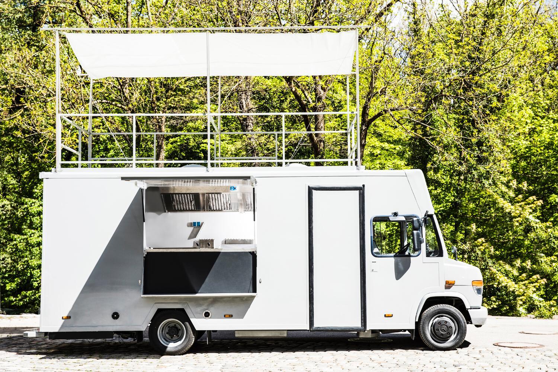 Verleih: Food- Truck  incl. Profi- Gastrotechnik, betriebsbereiter, neuwertiger Truck